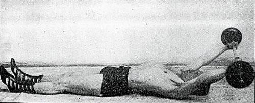 Jak zvětšit objem hrudníku - Alan Calvert a Pull-Over s velkou činkou