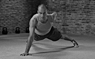 Tajemství posilování s vlastní vahou: StrongFirst Bodyweight Instructor Certification Course, Budapešť 2013