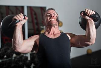 """""""Totální tense"""": Kettlebell program pro sílu a svaly"""