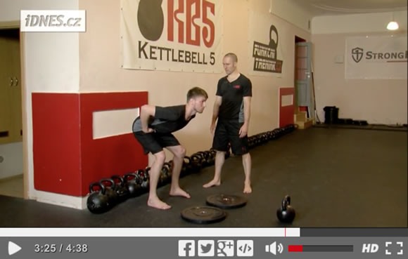 Příprava na kettlebell deadlift a swing