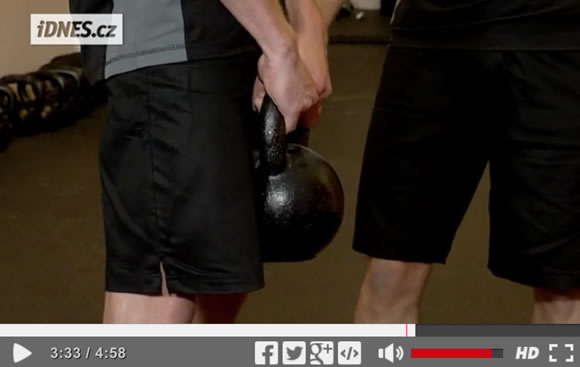 Škola síly (22): Kettlebell deadlift [video]