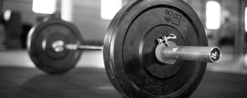 StrongFirst SFL Barbell Course: Posilování s velkou činkou